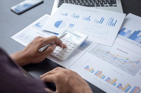 ¿Cuáles son los gastos de una empresa?