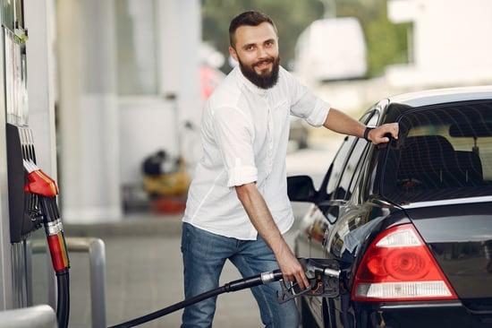 Conoce los beneficios de los vales de despensa y gasolina